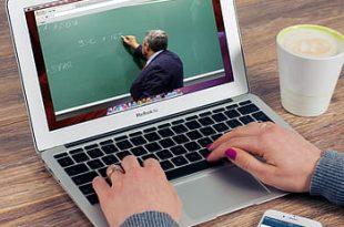 online-course-training-teacher-computer-internet